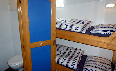Twin Cabin with Bathroom showing - Flying Dutchman - Bike & Boat Tours