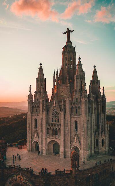 Towering Cathedral in Barcelona, Spain. Unsplash:Biel Morro