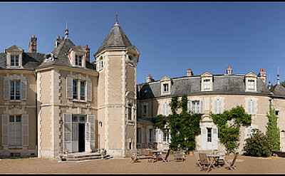 Your hotel, the Chateau de Breuil in Cheverny, France. Photo via Flickr:Jean-Pierre Lavoie