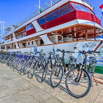 Melody - Bikes on the Melody - Bike & Boat Tours