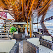 Deck Lounge - Melody - Bike & Boat Tours