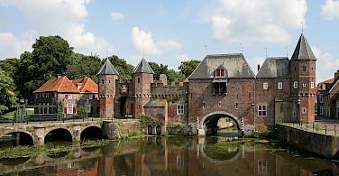 Koppelpoort, the medieval gate in Amersfoort, the Netherlands. Wikimedia Commons:Bert