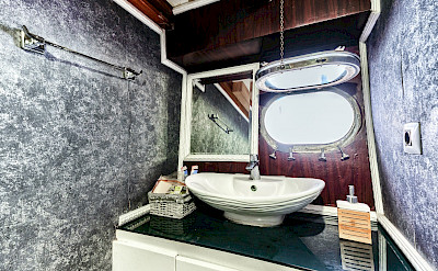Bathroom on the Elara | Bike & Boat Tours