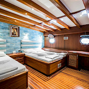 Triple Cabin | Love Boat | Bike & Boat Tours