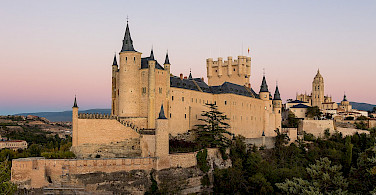 Castle Alcázar de Segovia in Spain. Wikimedia Commons:Rafa Esteve