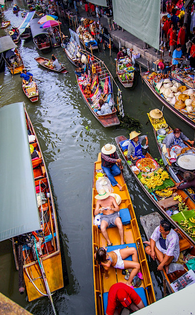 Damnoen Saduak Floating Market near Bangkok, Thailand. Photo via Flickr:Travellers travel photobook