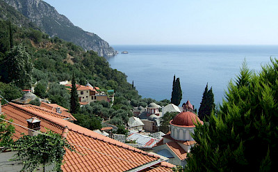 View from Nea Skiti on Mount Athos, Halkidiki, Greece. Wikimedia Commons:malenki