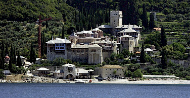Stavronikita Monastery - one of about 20 monasteries on Mount Athos, Helkidiki, Macedonia, Greece. Photo via Wikimedia Commons:Rumun999