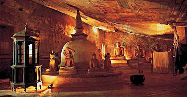 Buddhas in the cave temple of Dambulla, Sri Lanka. Photo via Flickr:Amila Tennakoon