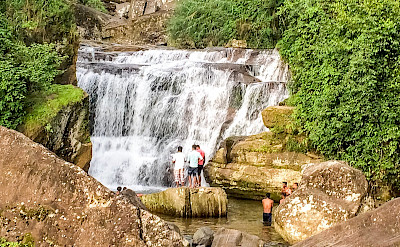 Waterfall in Kandy, Sri Lanka. Flickr:Catherine Poh Huaytan