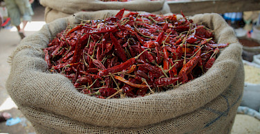 Spicy peppers to fire up your bike ride in Negombo, Sri Lanka. Photo via Flickr:Francesc Genove
