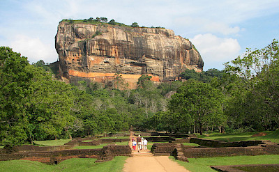 Sigiriya Rock in Sigirya, Sri Lanka. Wikimedia Commons:Bernard Gagnon