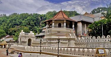 Temple of the Tooth, Kandy, Sri Lanka. Flickr:Hafiz Issadeen