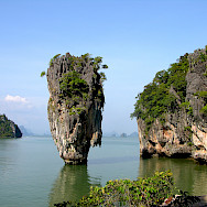 Sailing the rocks of Phang Nga, Thailand. Photo via Flickr:Carrie Kellenberger