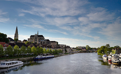 Auxerre along the Yonne River in Burgundy, France. Flickr:CC-BY Missbutterfly