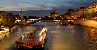 Seine River in Paris, France. Flickr:mark Okudjerski