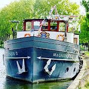 Magnifique II | Bike & Boat Tours