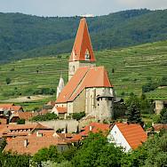 Weißenkirchen in the Wachau wine region, Austria. Photo via Flickr:Cha gia Jose