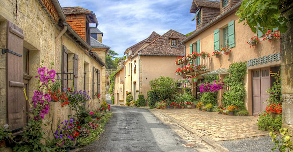 Village in Dordogne, France. Photo purchased via iStock©.