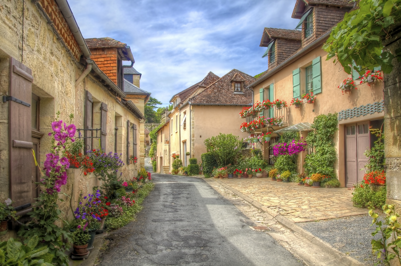 acheter en ligne 5e631 46afe Bordeaux - Chateaux, Rivers, and Wine - Bike and Boat Tour ...