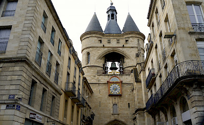 Porte de la Grosse Cloche, a Bordeaux gate. Flickr:Jean Robert Thibault