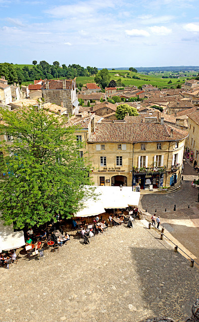 Best view off the bike in Saint-Émilion, Gironde, Aquitaine, France. Flickr:Dennis Jarvis