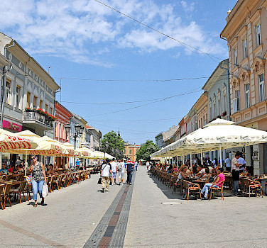 Pedestrian street in Novi Sad, Serbia. Photo via Wikimedia Commons:Dennis Jarvis