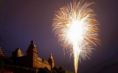 Fireworks to Castle Aschaffenburg, Germany. Flickr:Carsten Frenzl