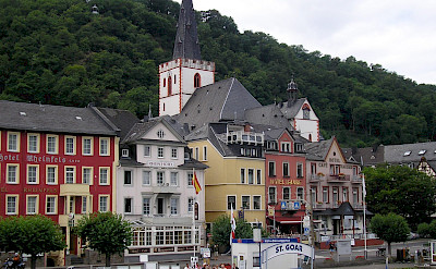 Sankt Goar, centrally located within the Rhine Gorge, a UNESCO World Heritage Site. Flickr:Nigelswales