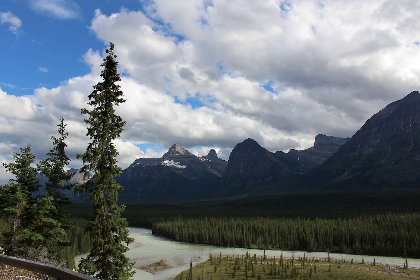 Typical views along the Icefields Parkway.