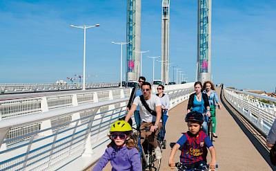 Biking over the new bridge in Bordeaux - Bordeaux | Bike & Boat Tours