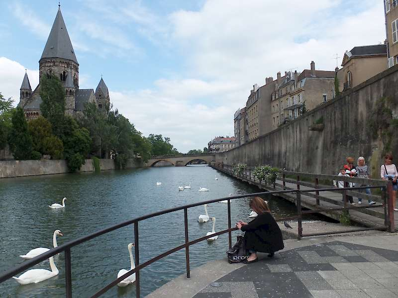 Moselle River Bike Path starts in Metz, France