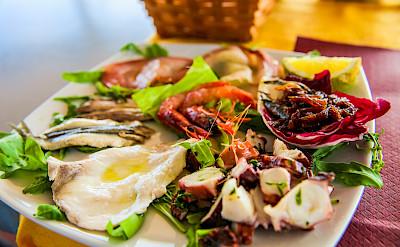 Dining | Sundial | Bike & Boat Tours