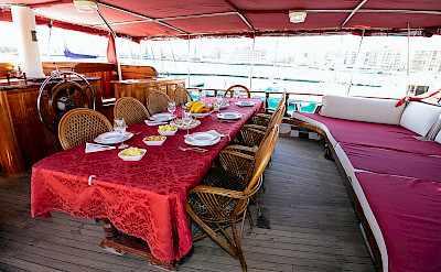 Dining area | Sundial | Bike & Boat Tours