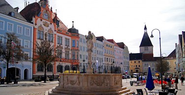 Stadplatz in Braunau on the Inn River in Upper Austria. Photo via Wikimedia Commons:BraunauamInn