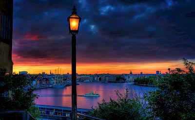 Sunset in Stockholm, nestled amongst 14 islands, Lake Mälaren and the Baltic Sea in Sweden. Flickr:Tobias Lindman