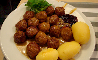 The popular Swedish meatballs or köttbullar. Flickr:Nenyaki