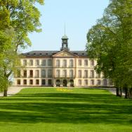 Tullgarn Castle, Södermanland, Sweden. Photo via Wikimedia Commons:Laserpekare_commonswiki