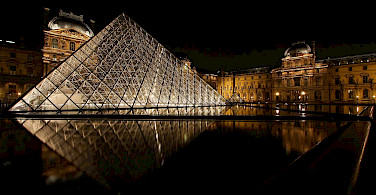 Le Louvre Museum, Paris, France. Photo via Flickr:Photophilde