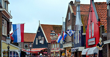 Volendam, the Netherlands. Photo via Flickr:Juan Enrique Gilardi