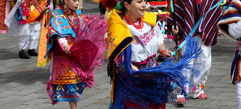Festival in Ecuador. Photo via Flickr:amalavida.tv