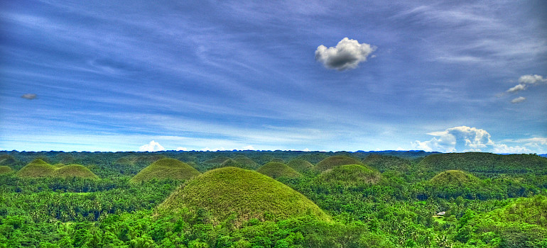 Chocolate Hills in Carmen, Bohol Province, the Philippines. Photo via Flickr:mendhak