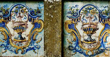 Old Portuguese tiles in Sintra, Portugal. Photo via Flickr:Pedro Ribeiro Simoes