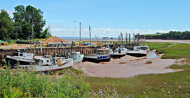 Awaiting the tide in Blomidon, Nova Scotia, Canada. Photo via Flickr:Ashley Coombs