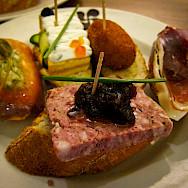 Tasty tapas awaits in northern Spain. Flickr:Maxim B.