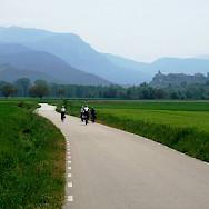 Quiet bike paths amidst the mountains in La Rioja, Spain. Photo via TO