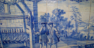 Old Portuguese tiles in Evora, Alentejo, Portugal. Photo via Flickr:Jiashiang