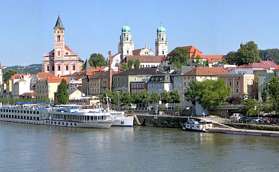 Ship anchored in Passau in Lower Bavaria, Germany. CC:Aconcague