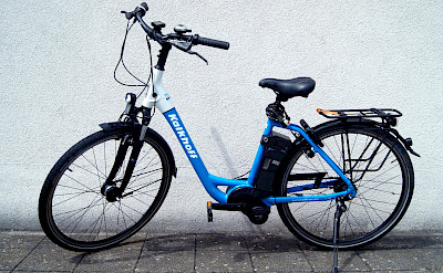 Unisex Kalkhoff electric bike available on the Primadonna - Bike & Boat Tours