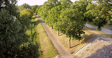 Quiet bike paths along the Loire River. Briare, France. Photo via Flickr:Jean-Pierre
